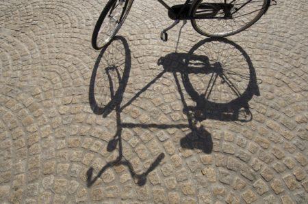 自転車運転の過失割合~全額賠償を受けられない場合